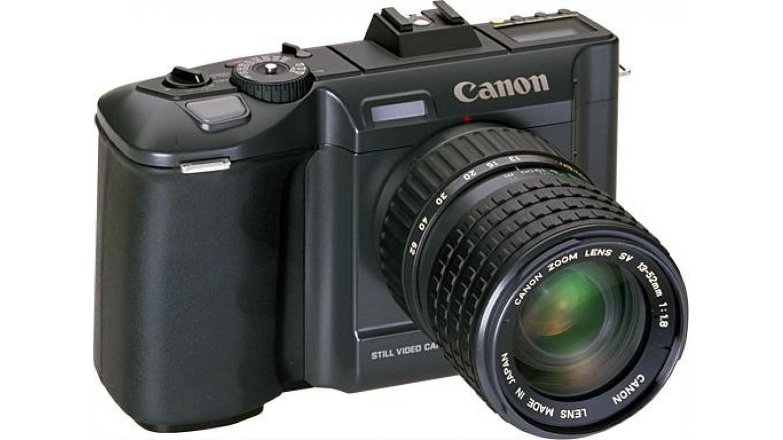 Lịch sử phát triển của máy ảnh kỹ thuật số 50 năm qua