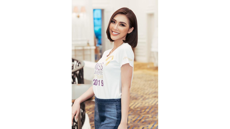Mỹ nhân vòng eo 53cm lọt top 60 Hoa hậu hoàn vũ 2019