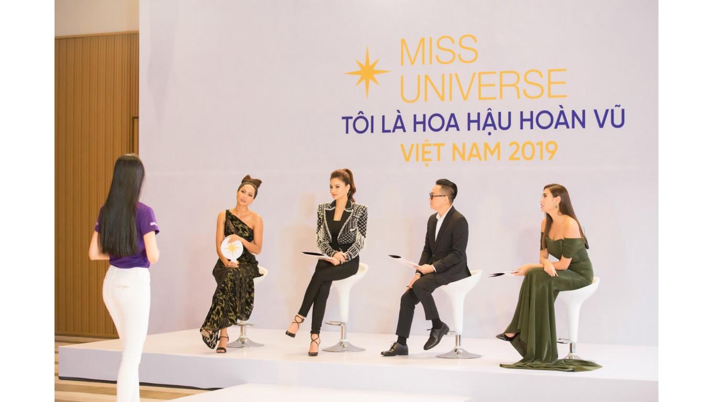 """Tập 2 """"Tôi là Hoa hậu Hoàn vũ Việt Nam 2019"""": Màn huấn luyện 'cực chất' của 2 cố vấn"""