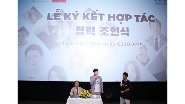Dàn sao Hàn Quốc sang Việt Nam dự lễ ký kết hàng loạt dự án lớn